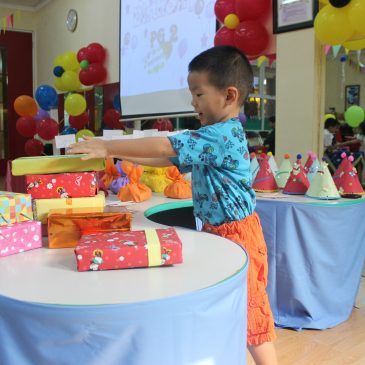 "SHOW & TELL of PLAYGROUP Class ""MY BIRTHDAY PARTY"""